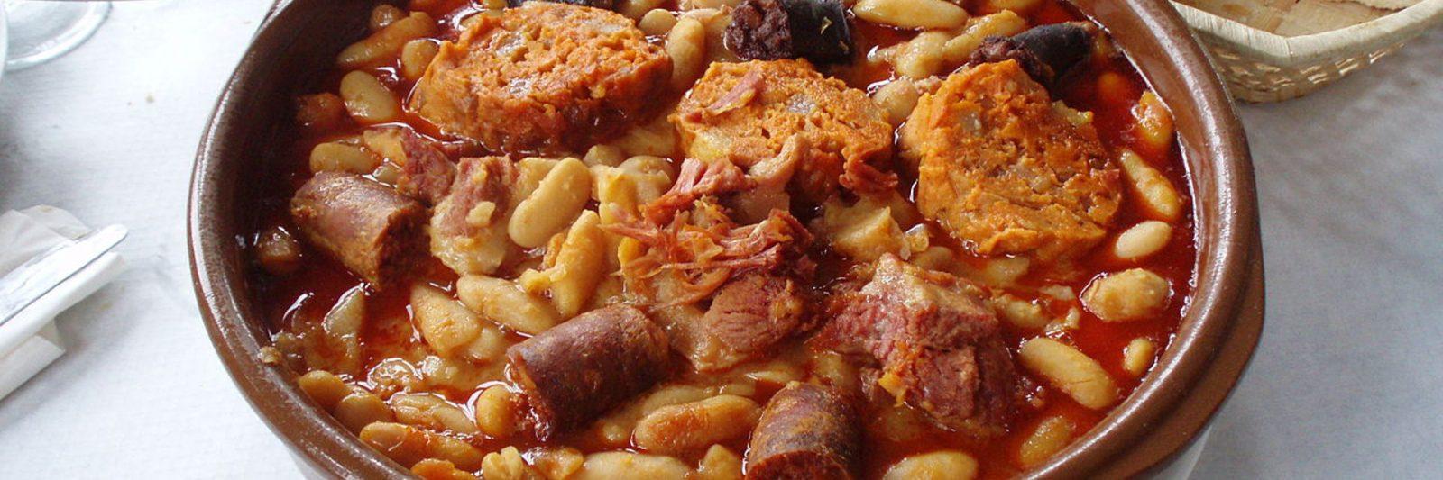 la-tipica-y-rica-gastronomia-asturiana-1920